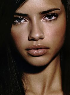 adriana-lima-young-20